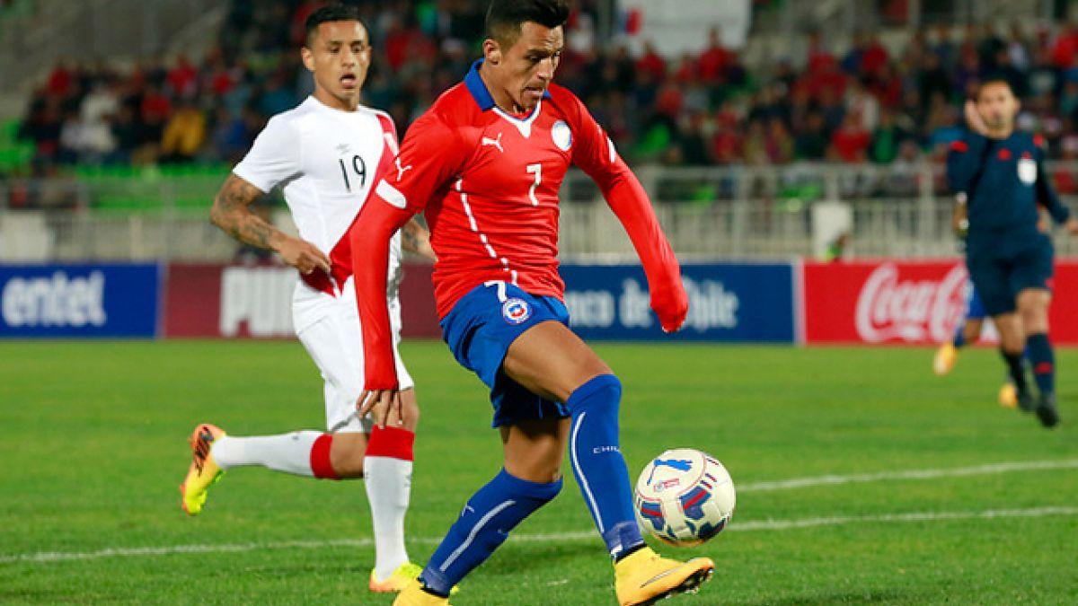 Uno a uno: Chile golea a Perú con Alexis y Vargas como grandes figuras