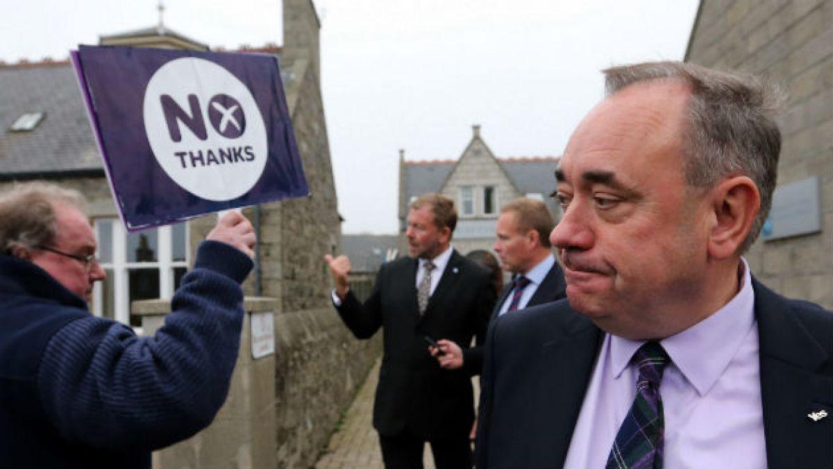 Primer Ministro de Escocia dimite horas después del rechazo a la independencia