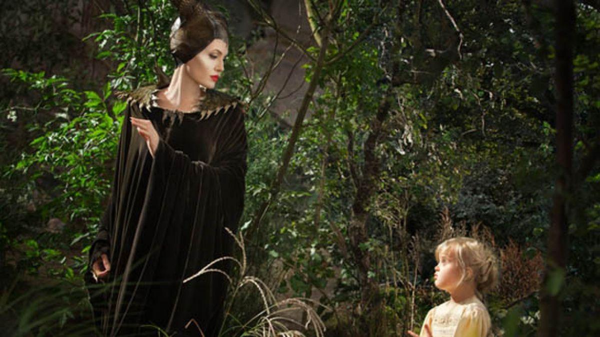 Esta es la primera imagen de Angelina Jolie y su hija en la película Maléfica