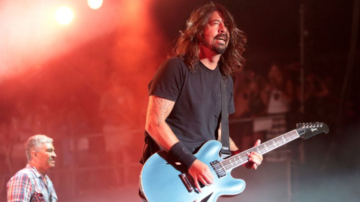 Foo Fighters le responde a Gene Simmons sobre la muerte del rock