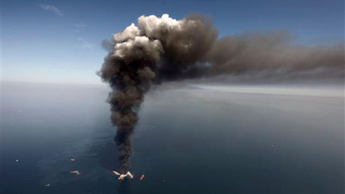 """Petrolera es acusada de """"negligencia grave"""" y arriesga millonaria multa por derrame en el Golfo de M"""