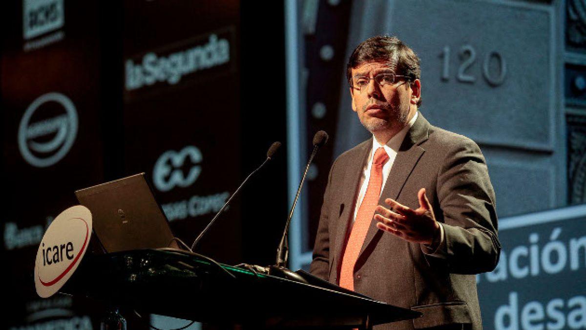 Ministro Arenas insiste en la importancia de la inversión privada en Icare