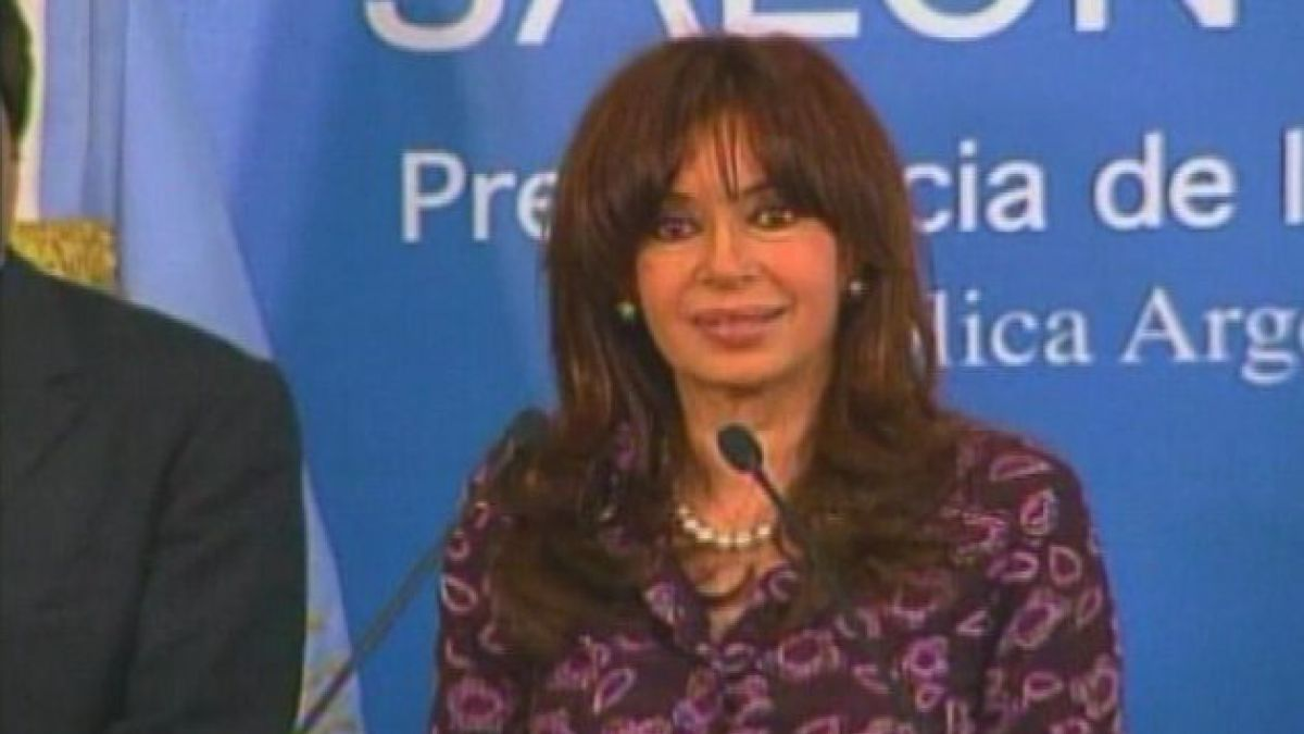 Presidenta de Argentina alude a Chile por falta de gas