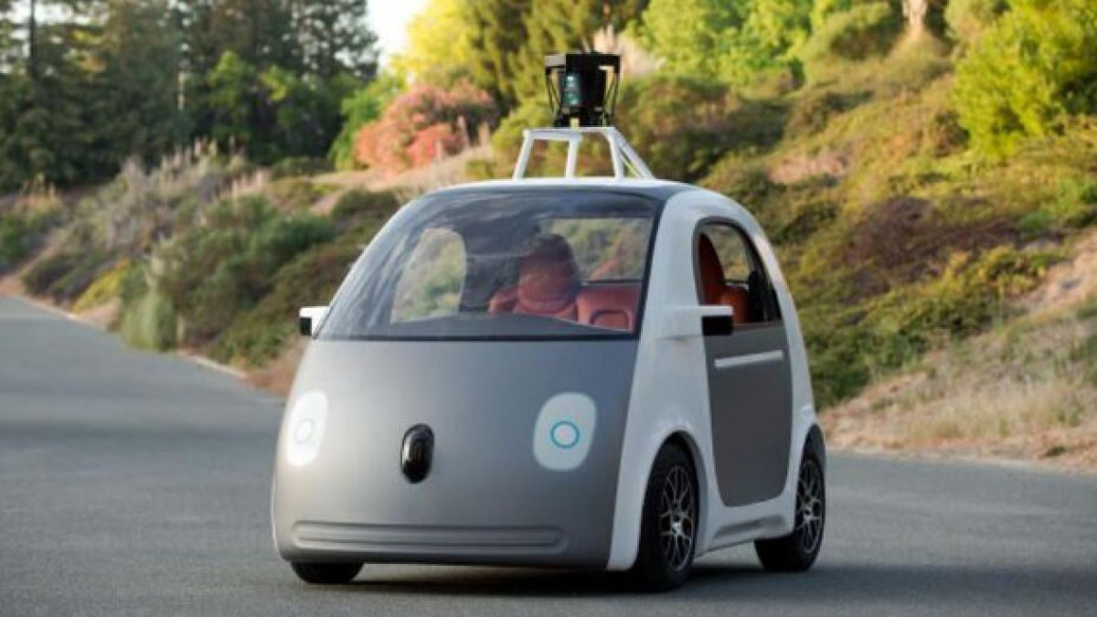 [VIDEO] Google presenta auto que se maneja solo