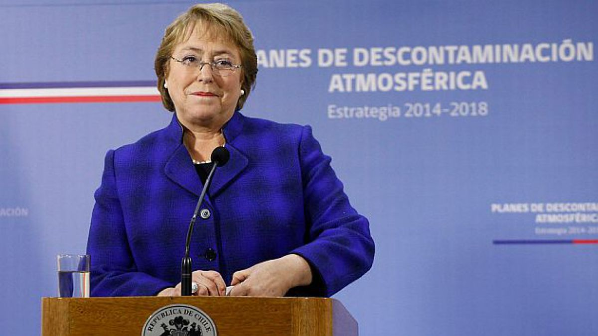 Bachelet lanza estrategia nacional de descontaminación atmosférica