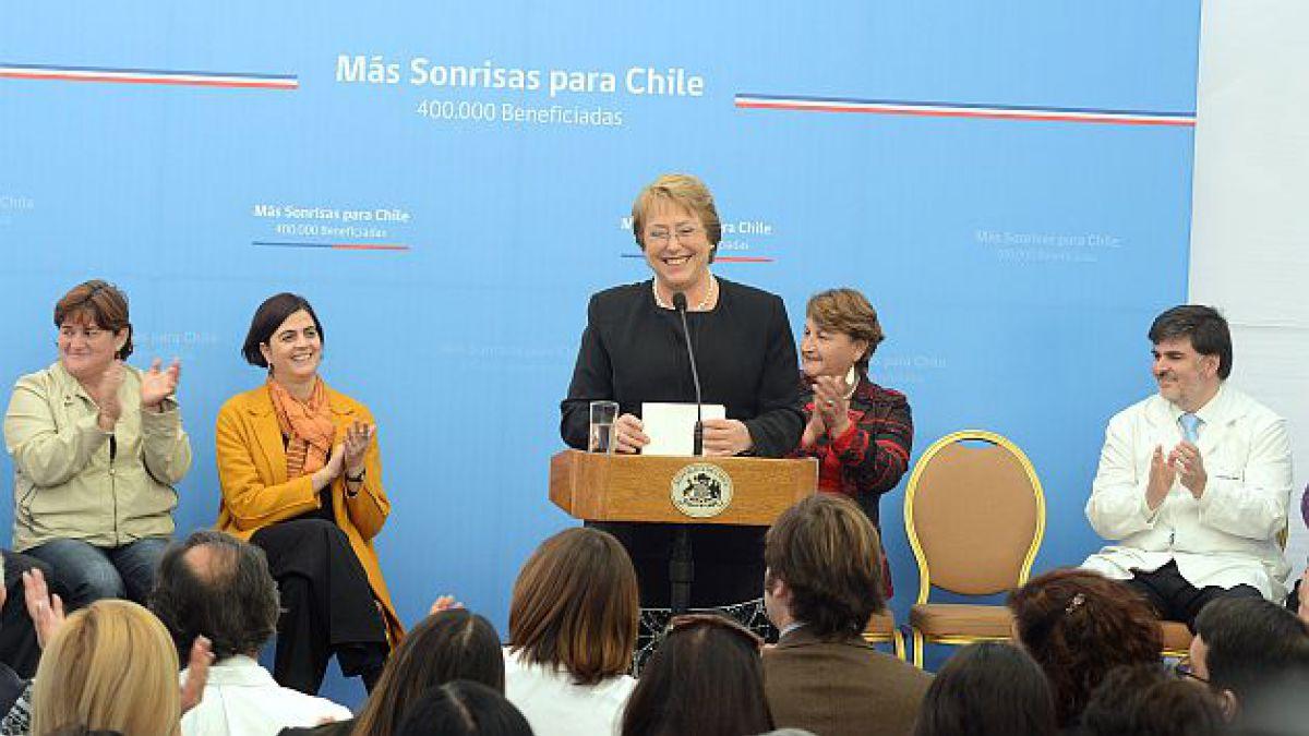 Presidenta Bachelet pone en marcha programa Más sonrisas para Chile