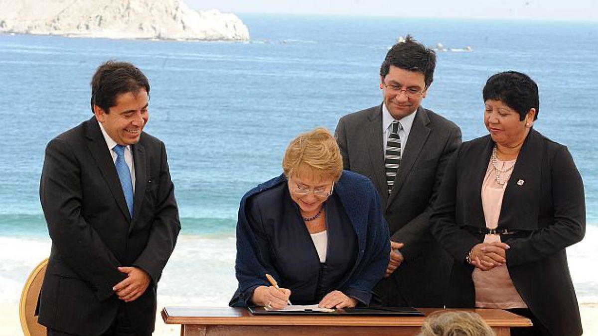 Bachelet firma proyecto de ley que crea Servicio de Biodiversidad y Áreas Silvestres Protegidas