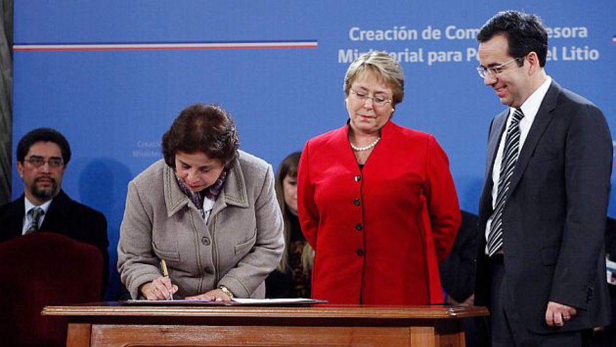 Presidenta Bachelet crea comisión asesora ministerial del litio