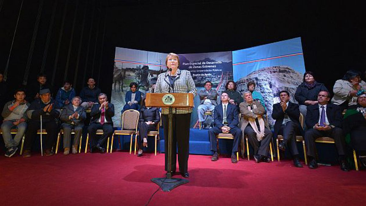 Presidenta Bachelet presenta planes especiales de desarrollo para Magallanes y Aysén