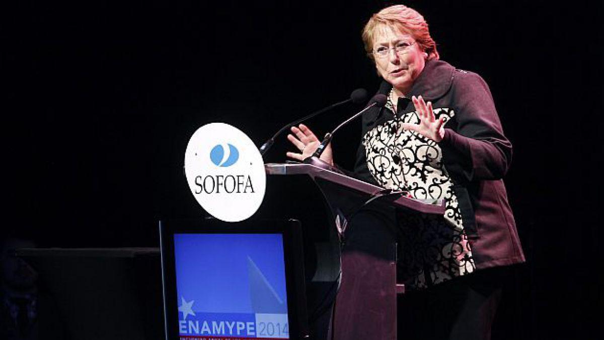 Bachelet asegura que se fiscalizará a los que se puedan disfrazar de pymes para conseguir ventajas