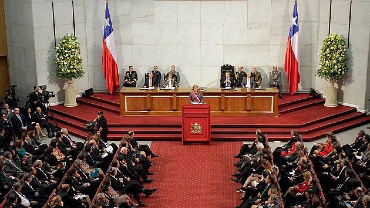 Proyecto para despenalizar aborto terapéutico fue la medida más polémica del discurso del 21 de mayo
