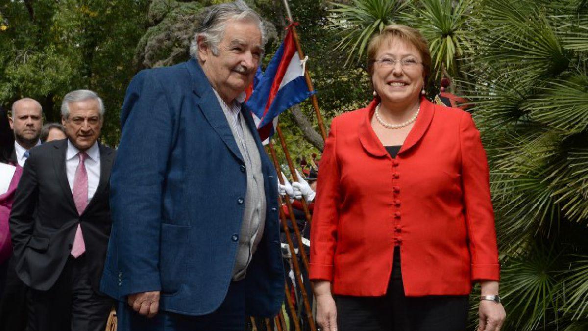 Bachelet en Uruguay: Ambos países compartimos el deseo de una sociedad más democrática y equitativa