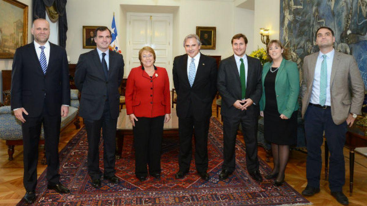 UDI y cita con Bachelet: Ha entendido la importancia de un diálogo efectivo, a diferencia de alguno