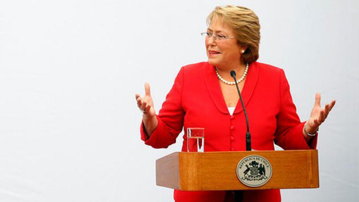 Bachelet obtiene 54% de aprobación en primera medición de su mandato