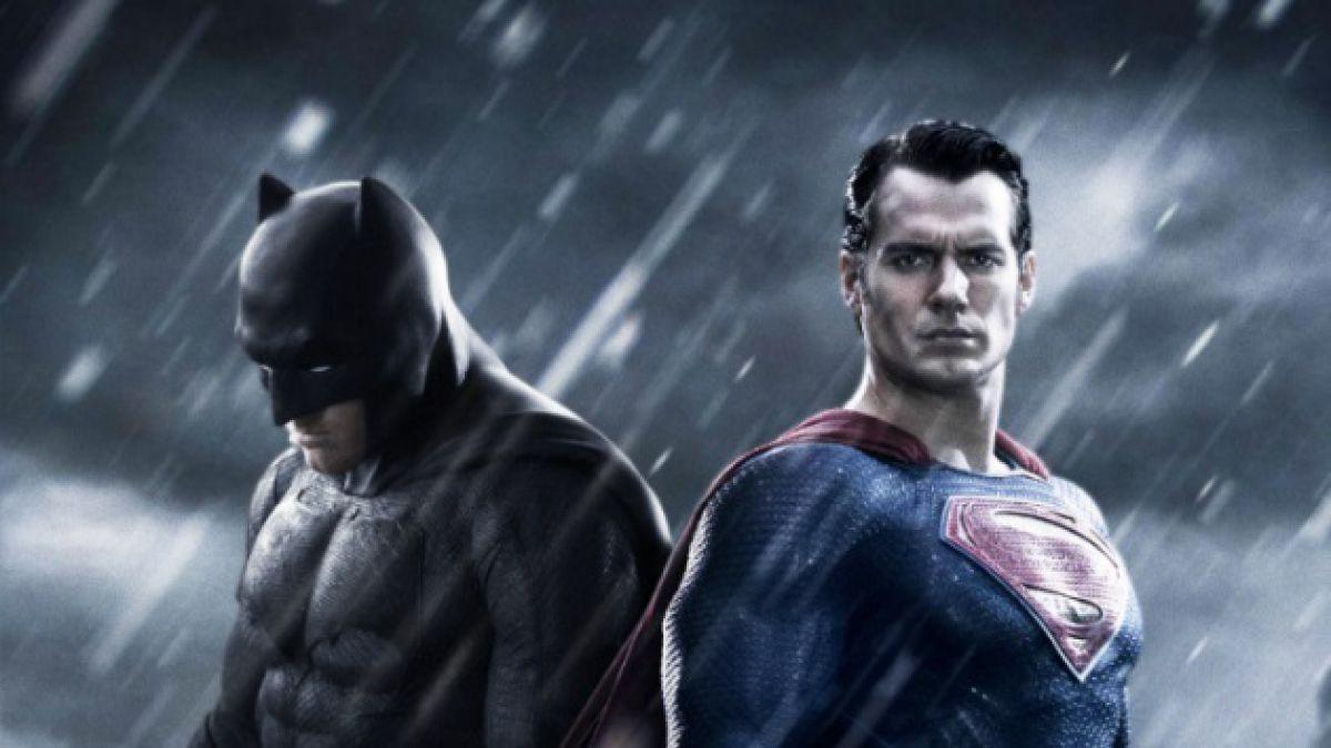 [FOTO] Director de Batman v Superman publica la primera imagen de Ben Affleck como superhéroe