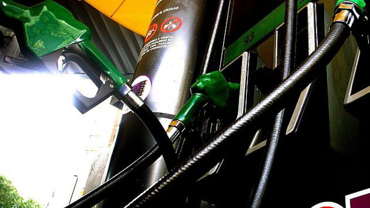 Econsult: Precio promedio de las gasolinas disminuiría $11 la próxima semana
