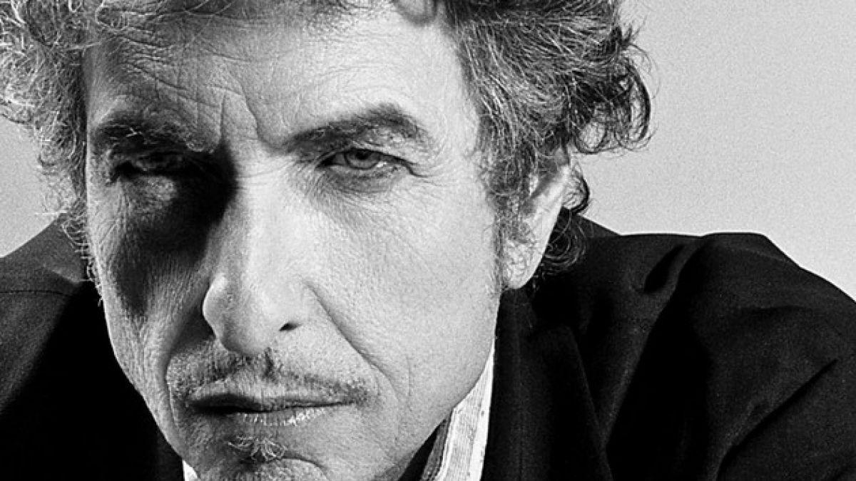 Rematan en 2 millones de dólares manuscrito de Bob Dylan