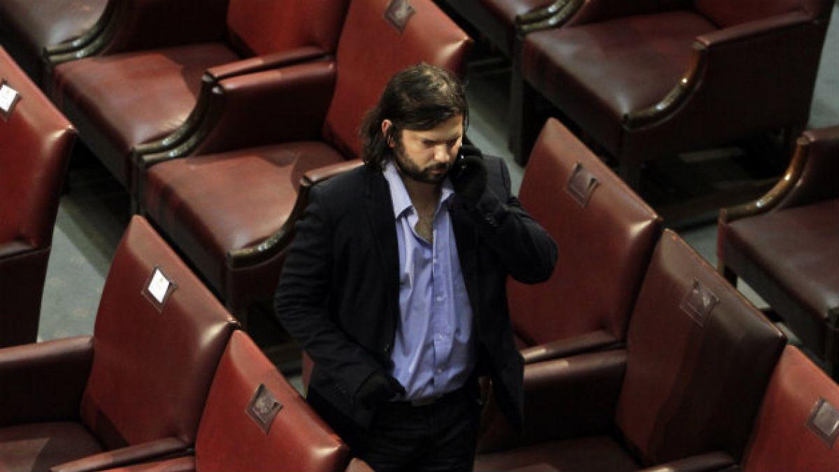 Gabriel Boric plantea que diputados revelen si Julio Ponce financió sus campañas