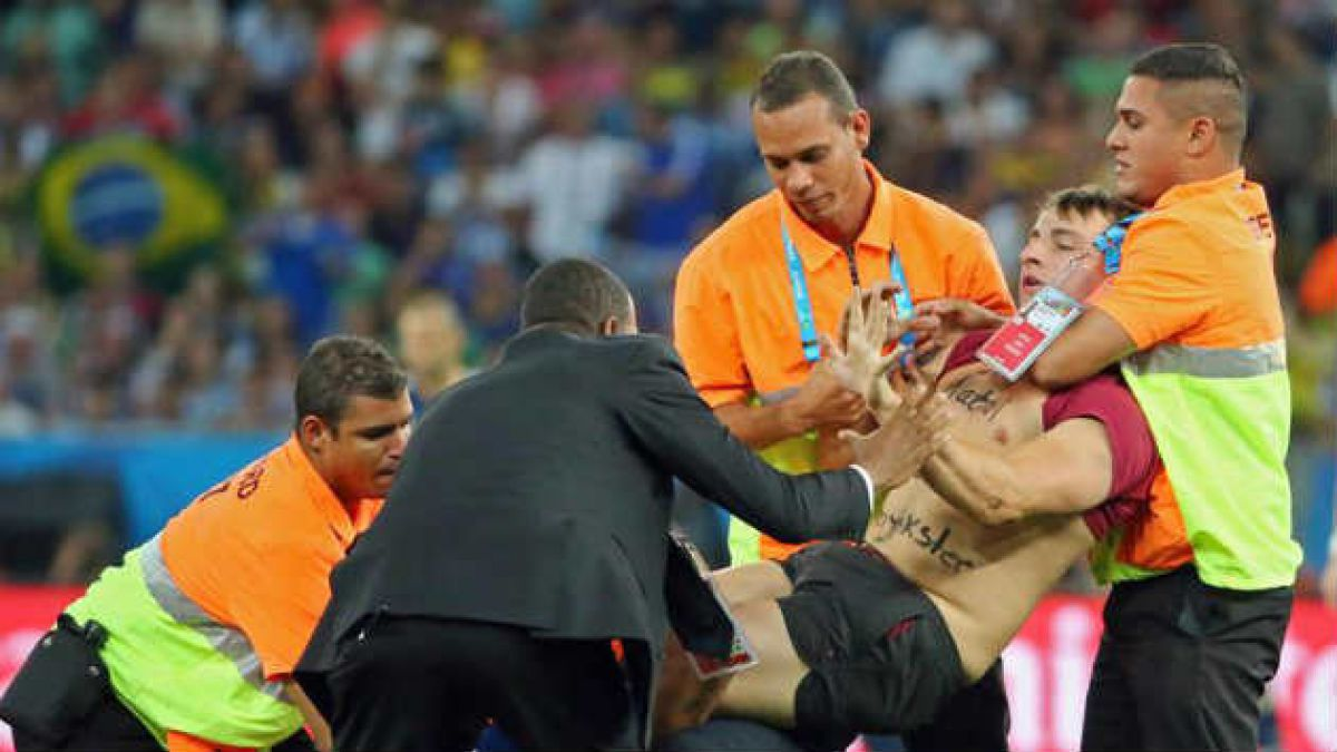 Este es Vitaly Zdorovetskiy, el bromista que interrumpió la final Alemania-Argentina