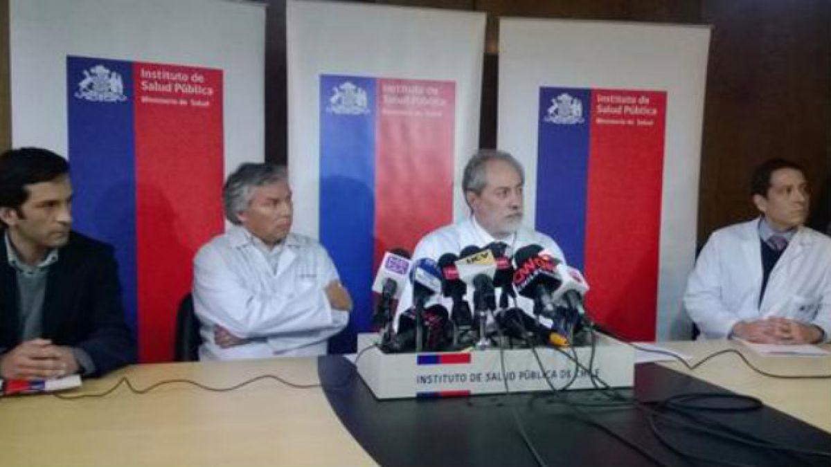 ISP confirma que trabajadores del Hospital J.J. Aguirre fallecieron por meningitis W-135