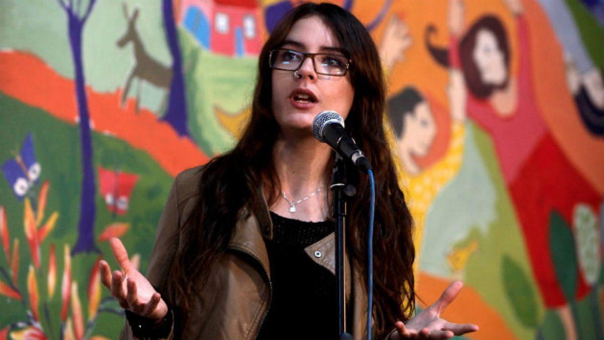 Camila Vallejo y postura de Walker: Pareciera que busca evitar que el lucro termine