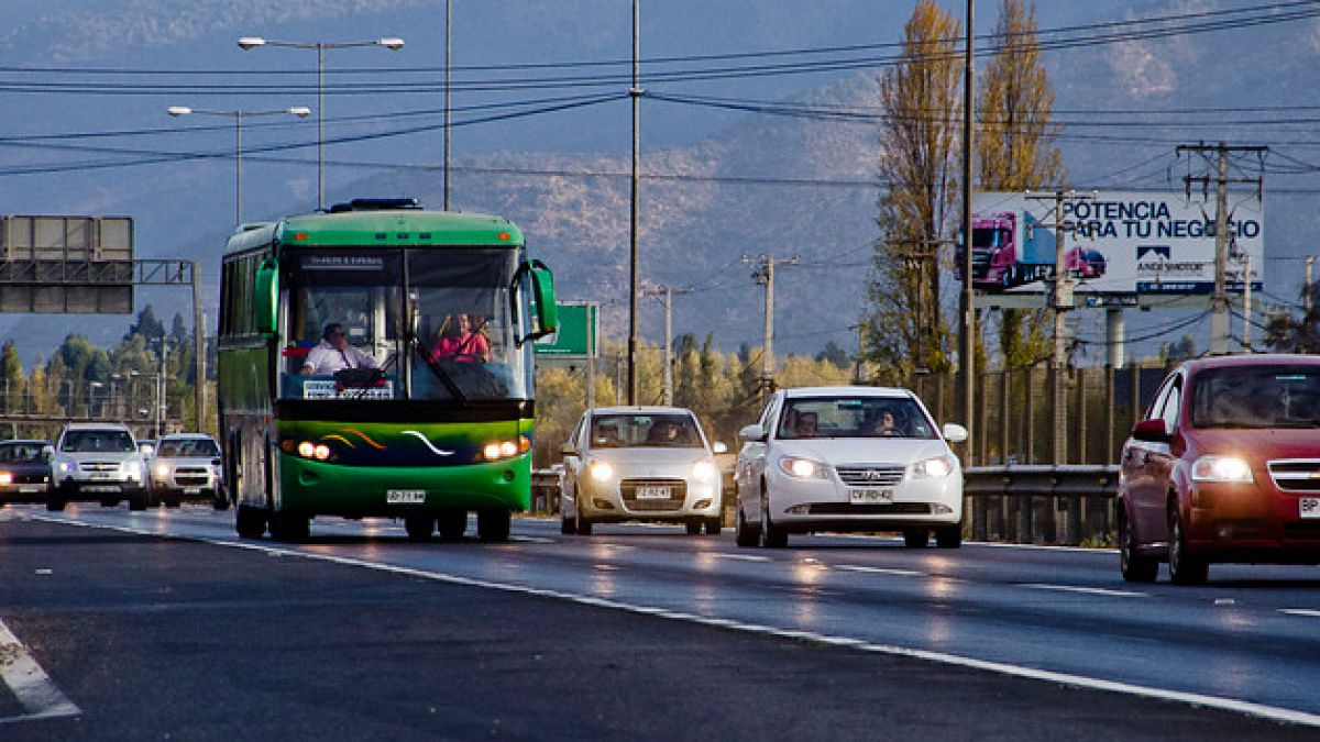 Unos 280 mil vehículos saldrán de la RM este fin de semana