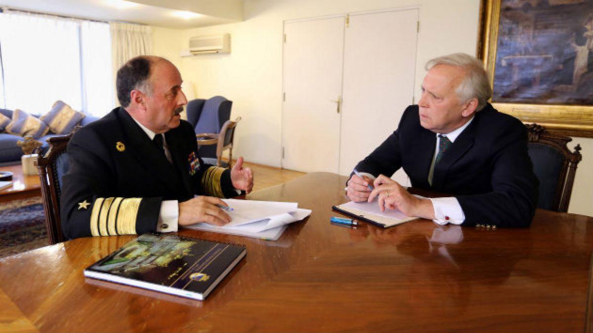 Ministerio de Defensa recibe informe preliminar por choque entre submarino y fragata en Valparaíso