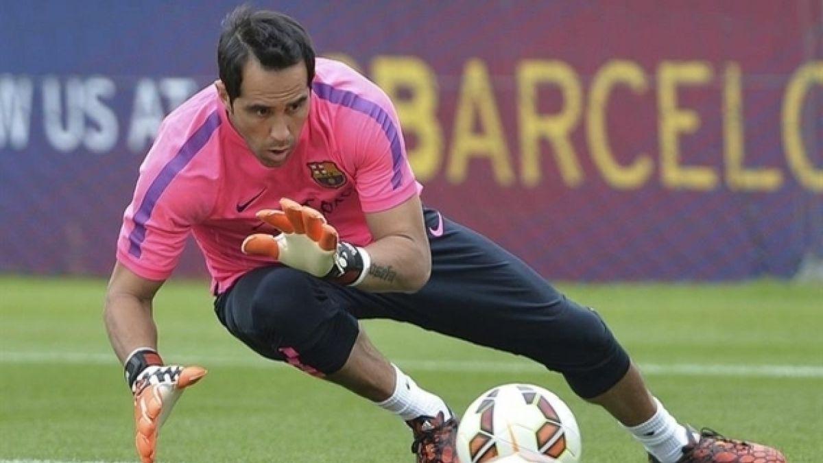 Ya es oficial: La llegada de Claudio Bravo al Barça en tuits