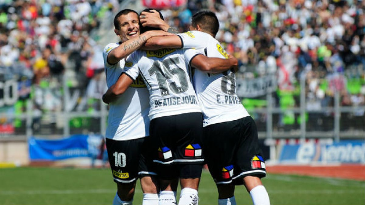Colo Colo vence 3-1 a Palestino y presiona a la U