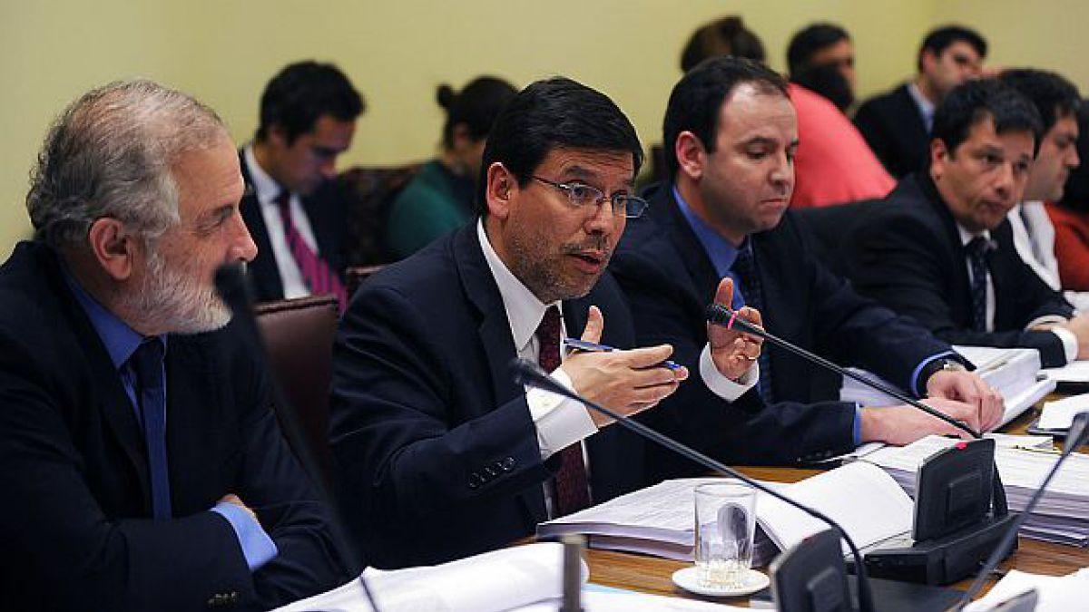 Reforma Tributaria: Comisión de Hacienda del Senado lleva un 80% de los artículos despachados