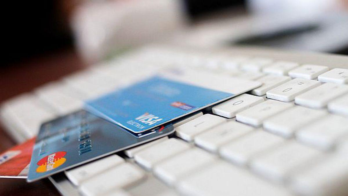 CyberDay parte con reclamos de usuarios y Sernac llama a informar problemas