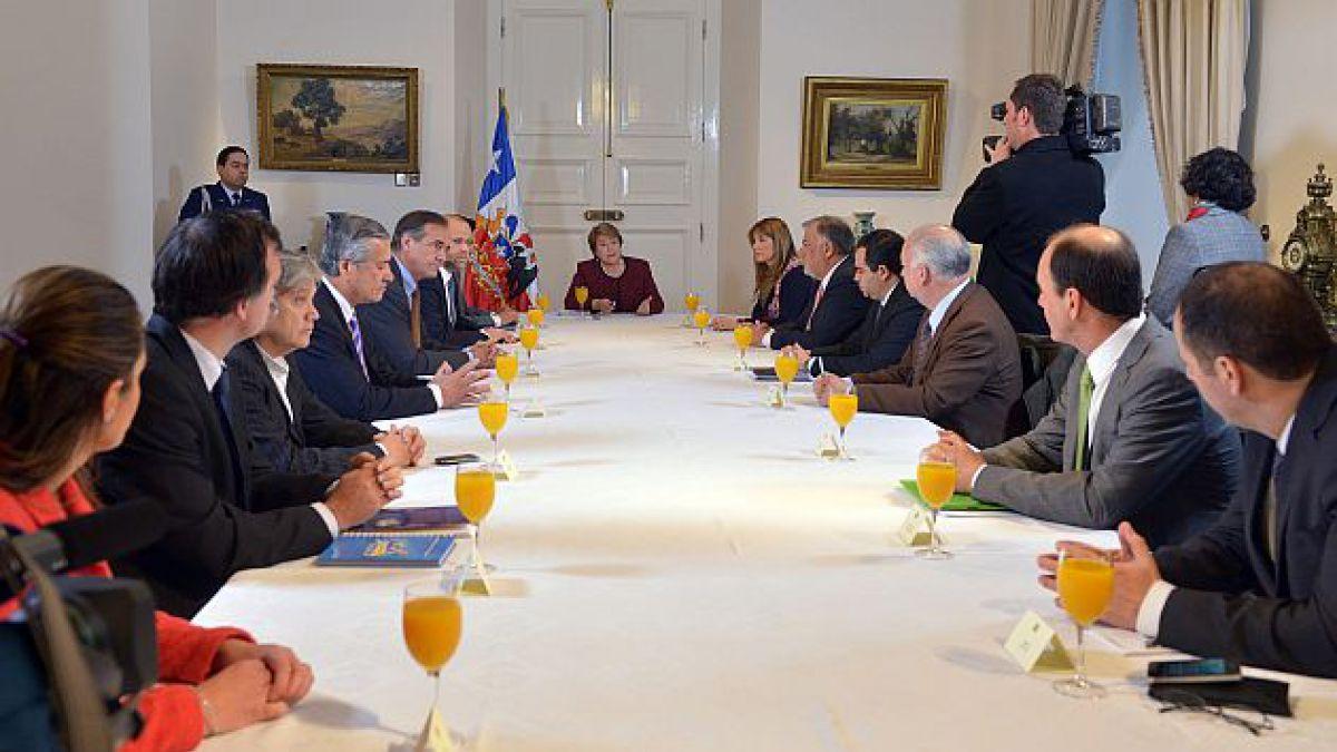 Presidenta Bachelet encabeza reunión con partidos políticos tras bombazo en Escuela Militar