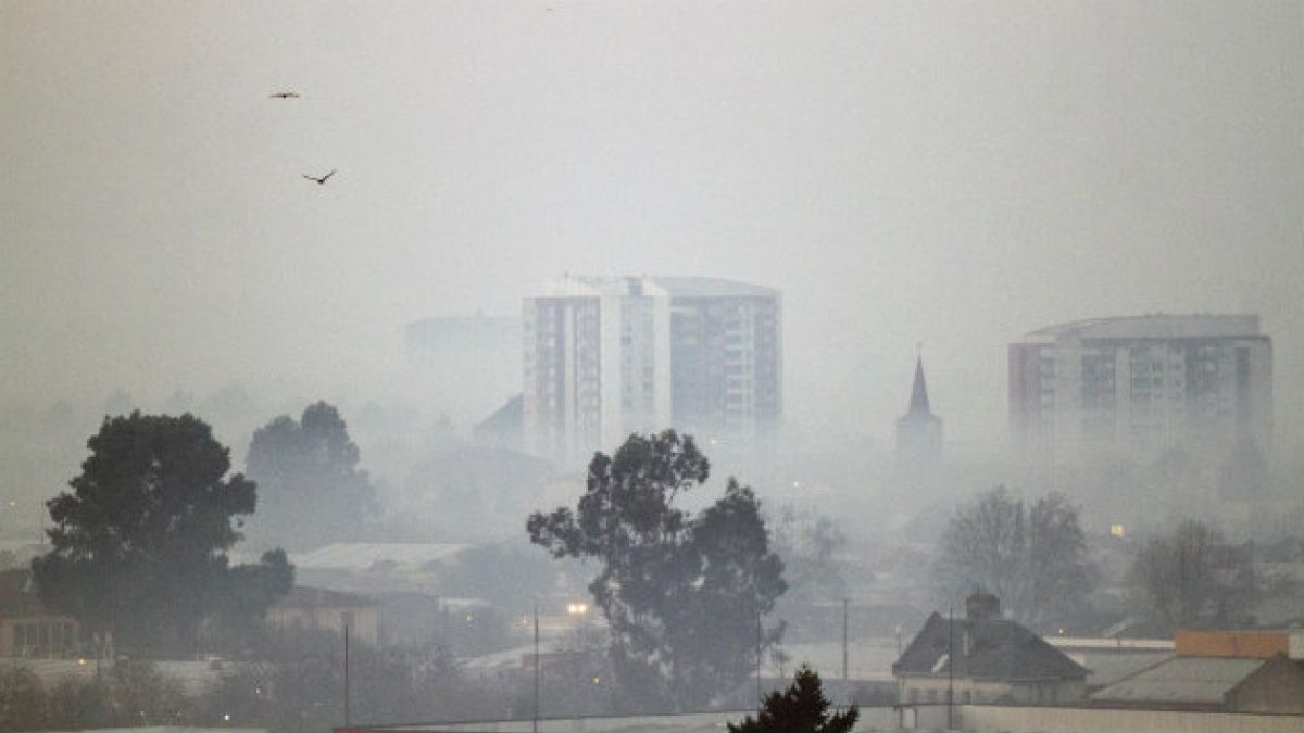 Expertos advierten que contaminación ambiental en Temuco es tan mala como la de Beijing