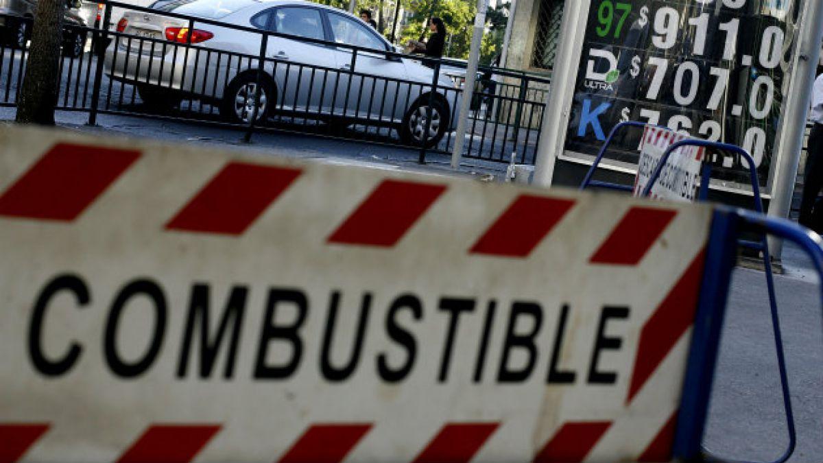 SEC ordena retiro de combustible contaminado desde estación de servicio Copec de Santiago