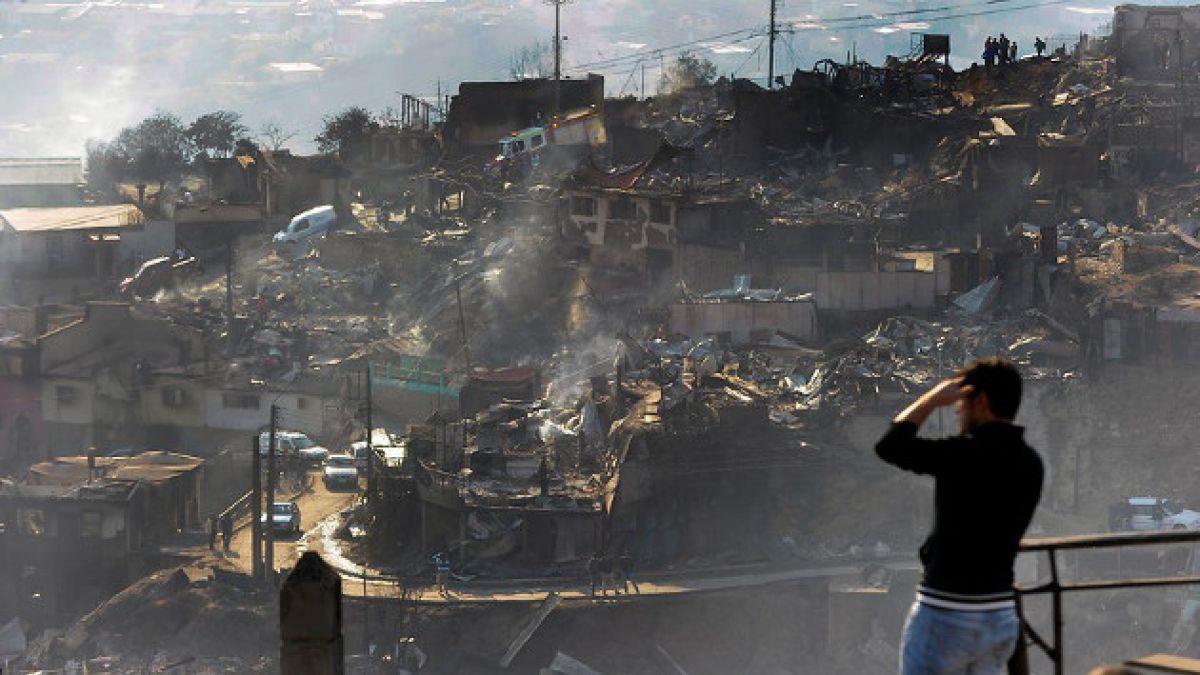 Incendio en Valparaíso: Cuentas bancarias para ayudar a damnificados