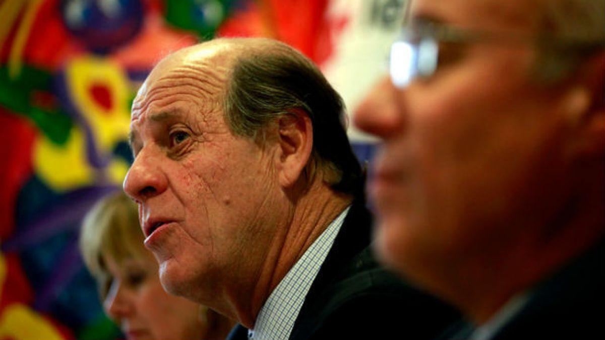 Carlos Alberto Délano renuncia al directorio de la Teletón