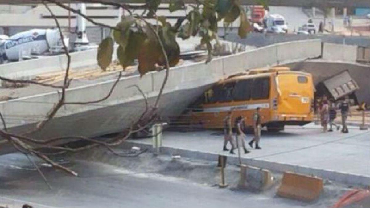 (Imágenes) Se derrumba autopista en Belo Horizonte construida para el Mundial
