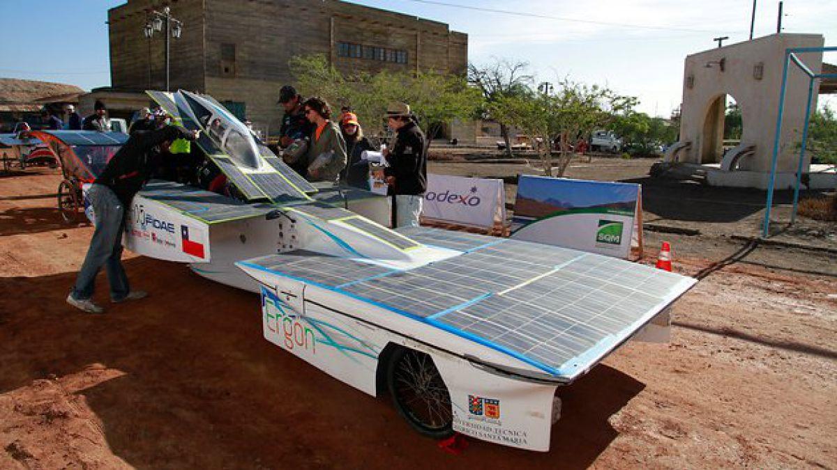 Comenzó la Carrera Solar Atacama 2012
