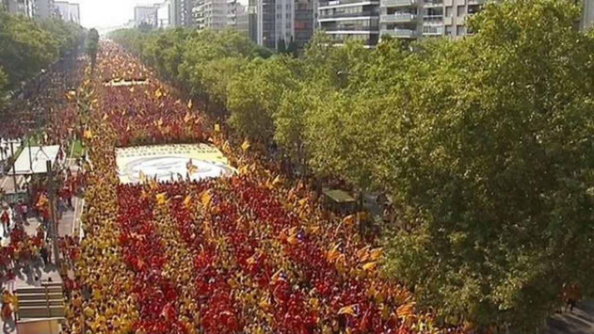Cientos de miles de personas marchan en Barcelona en favor de la independencia