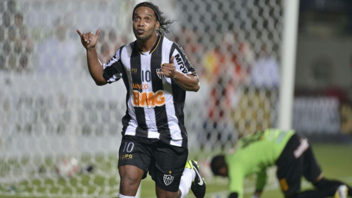 Querétaro de México sorprende contratando a Ronaldinho