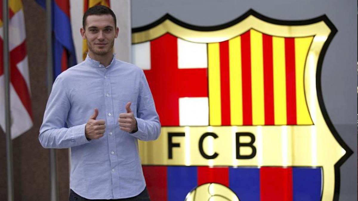 Vermaelen, el nuevo jugador del FB Barcelona para las próximas cinco temporadas
