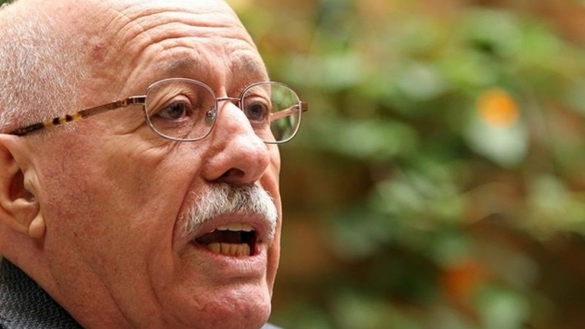 Escritor brasileño Silviano Santiago gana Premio de Letras José Donoso