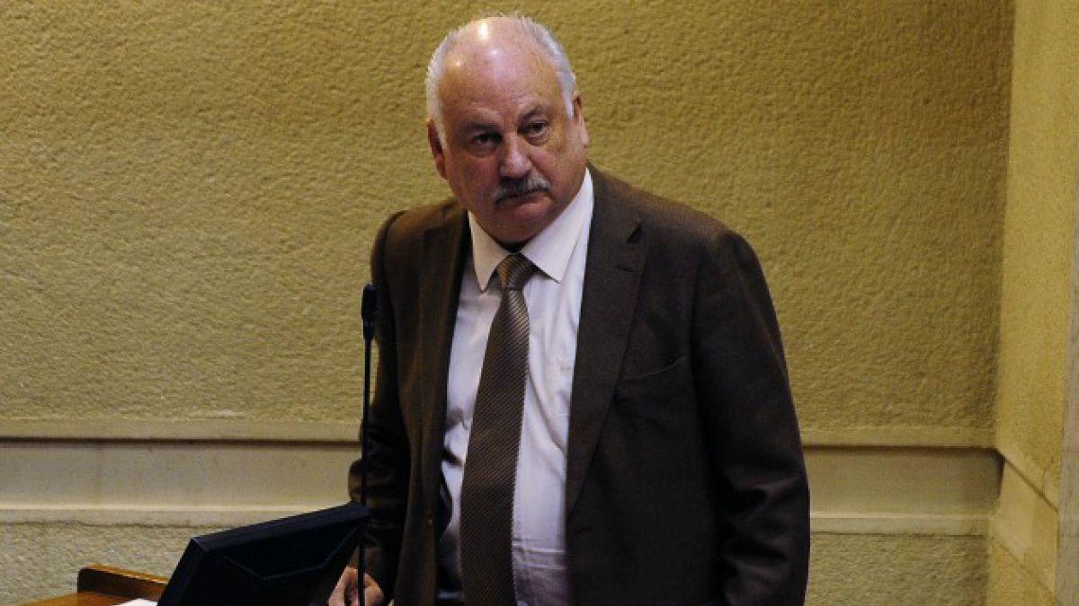 Teillier (PC) modera críticas por Reforma Tributaria: Si es un consenso para mejorar un proyecto, n