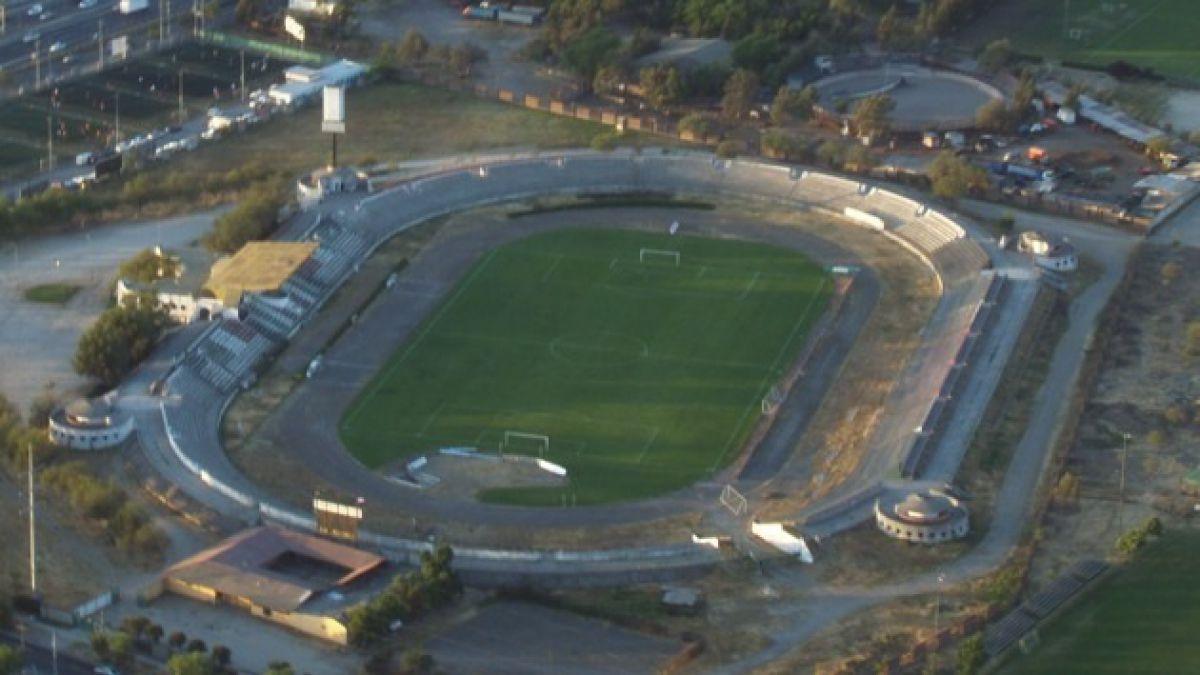 Futbolista de 23 años muere durante partido en Estadio de La Cisterna
