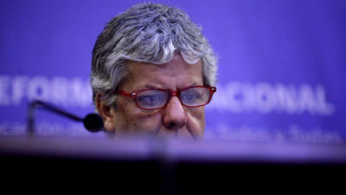 Patines, gratuidad por cuatro años y arreglines:  la reforma en palabras de Eyzaguirre