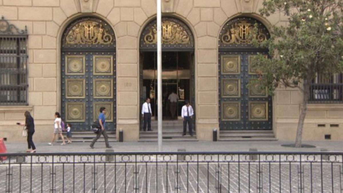 Ministerio de Hacienda informa emisión de bonos por 1.390 millones de euros