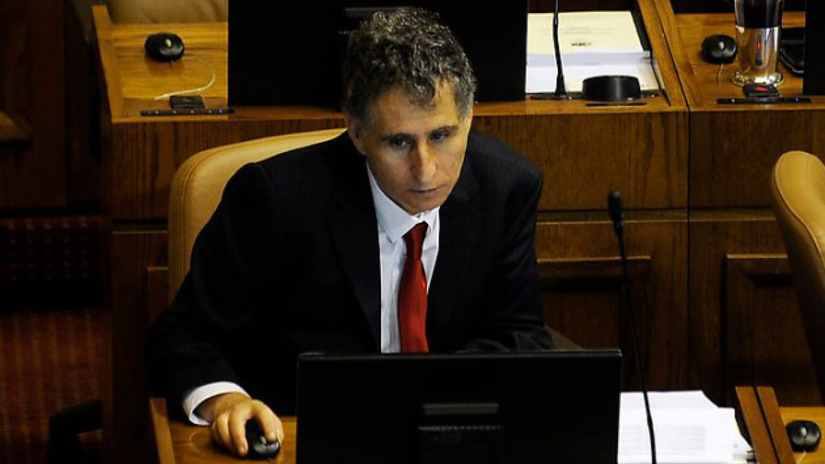 Diputado Daniel Farcas se desmarca de acusaciones de lobby con Microsoft