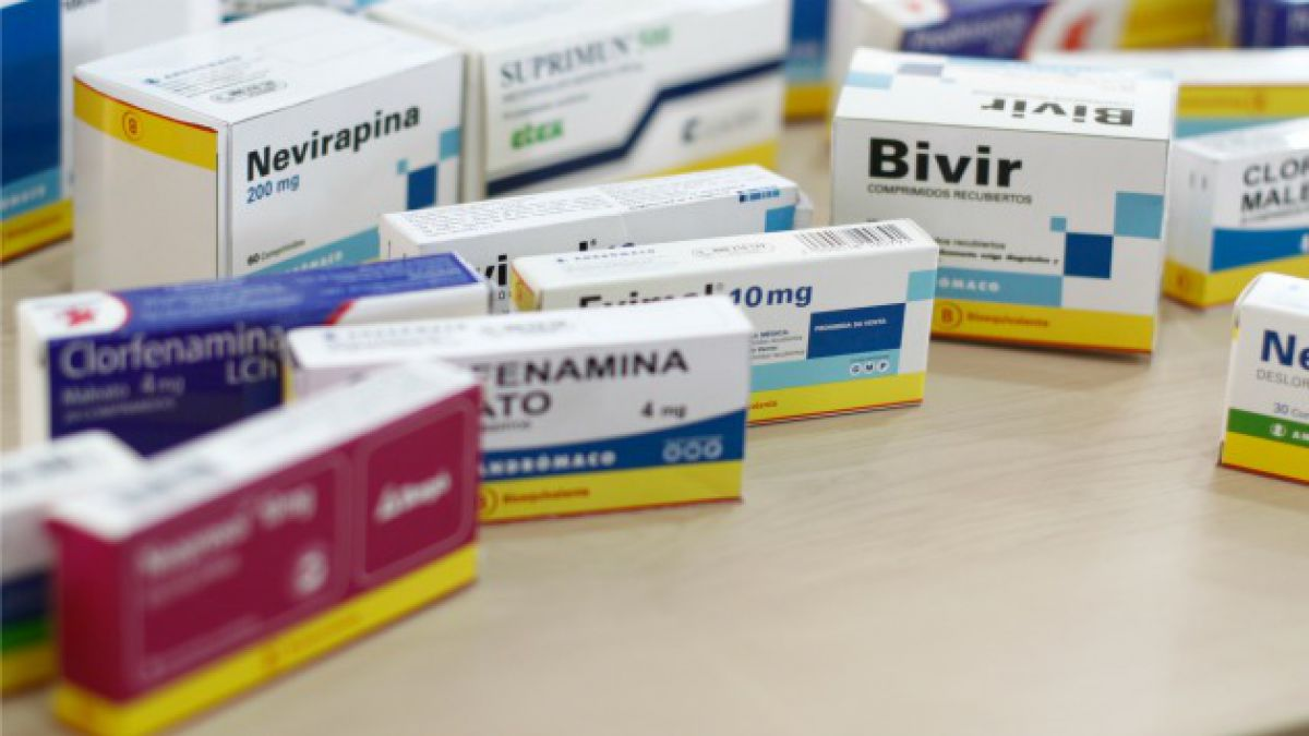 Las 6 nuevas propuestas del Colegio Médico al Minsal por la Ley de Fármacos
