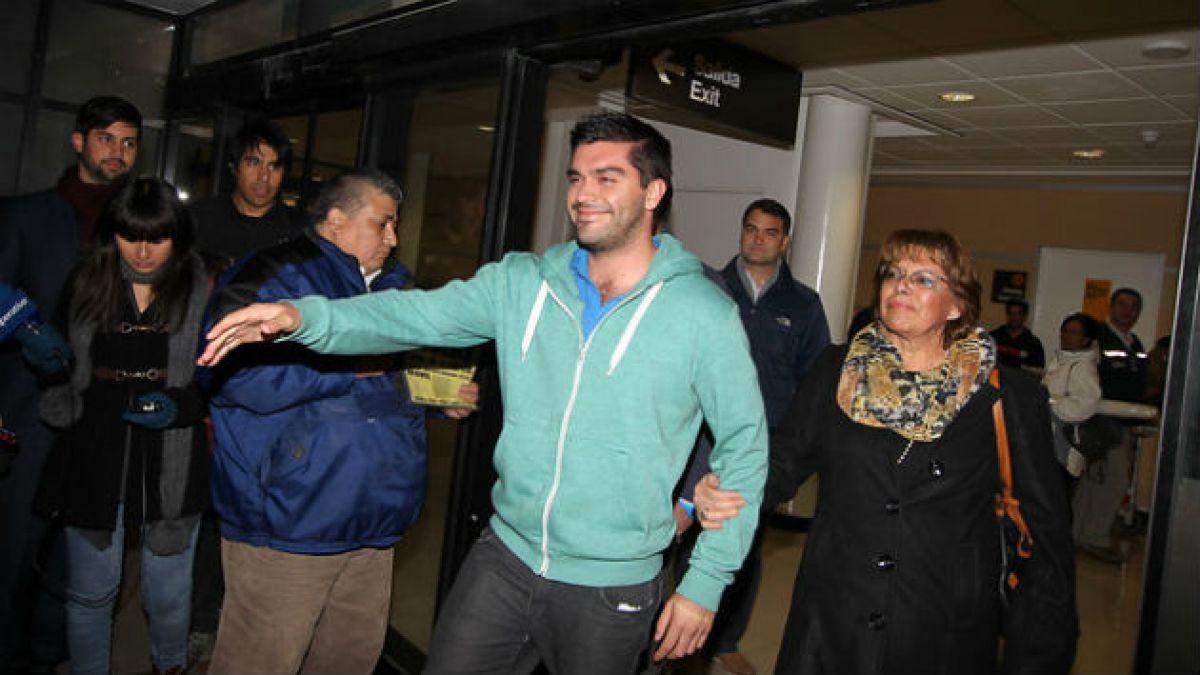 Felipe Cuevas niega haber sacado fotos y afirma que lo de Venezuela fue una detención política