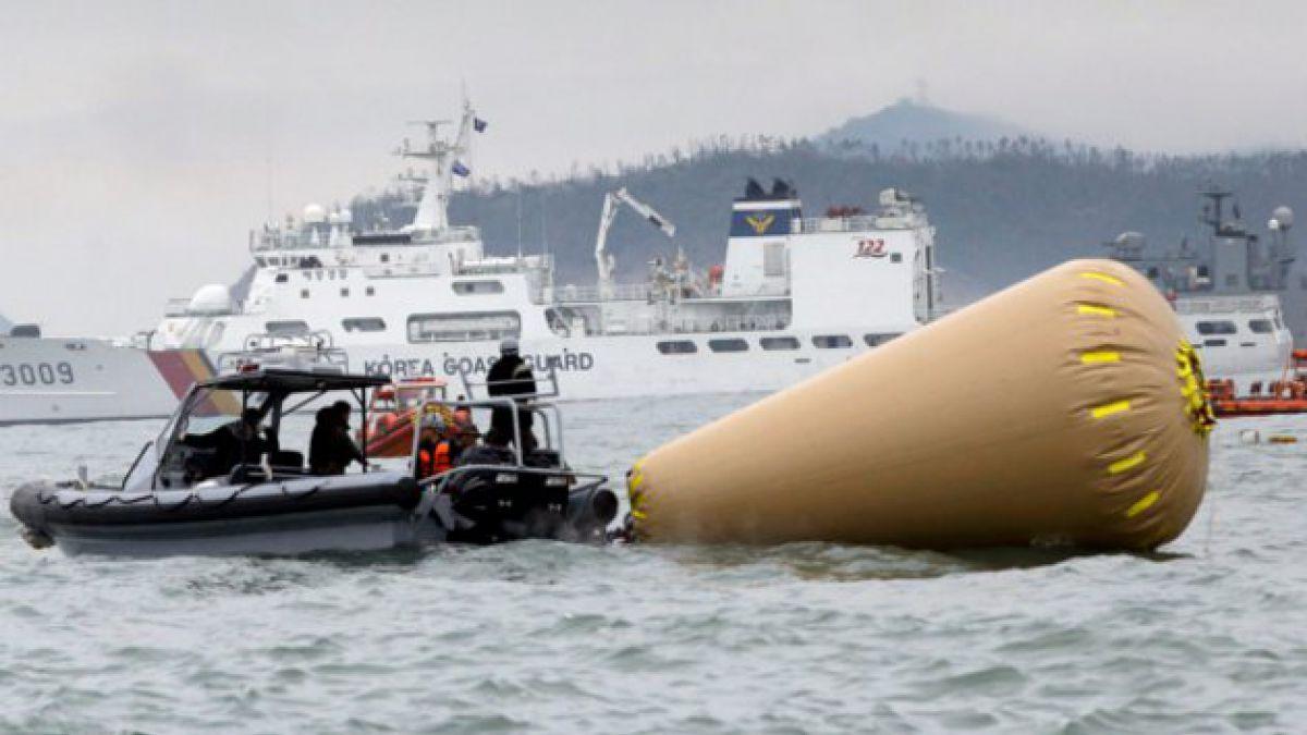 11 tripulantes del ferry surcoreano fueron acusados de homicidio por negligencia
